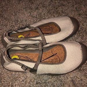 New Balance Mary Jane Shoes